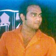 Y100404 Photo